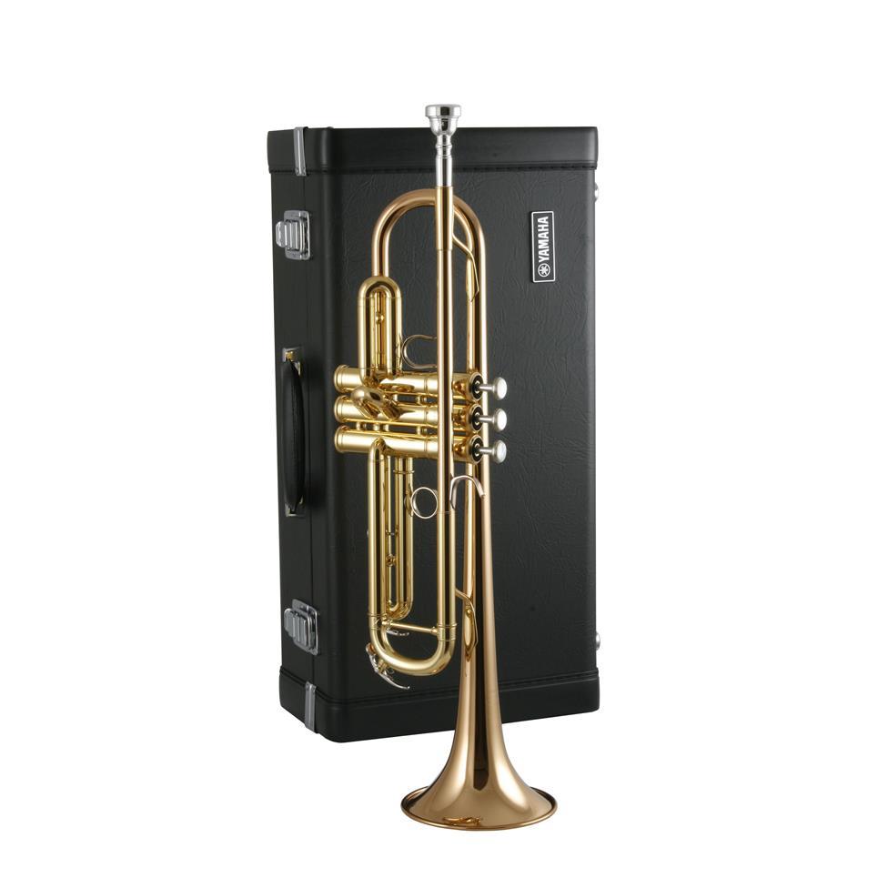 Yamaha YTR5335G B flat trumpet (lacquer) Thumbnail Image 2